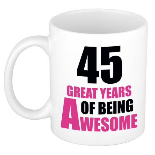 45 great years of being awesome cadeau mok beker wit en roze